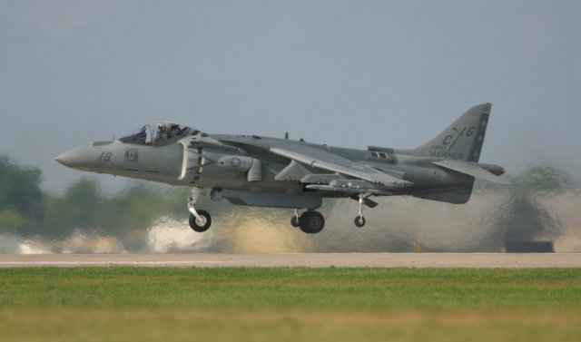 Harrier AV8B Hovering