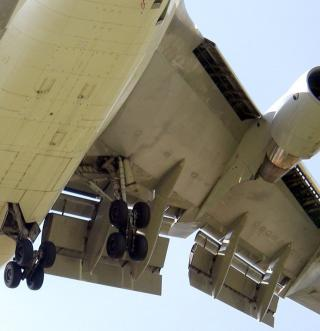 Multi-Element Airfoil on Boeing 747-400