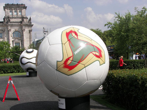 Adidas Fevernova World Cup 2002 Ball